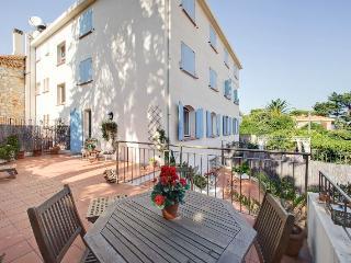 Cap d'Antibes luxury duplex, close to GaroupeBeach