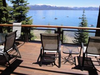 Lakefront 3BR Tahoe City Townhouse w/Fireplace, Deck & Amazing Views - Steps