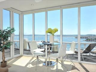Fabulous south facing sea views with huge balcony and stylish apartment
