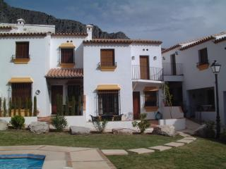 Casa de Limon,  2 Bed house with a/c and pool, Montejaque