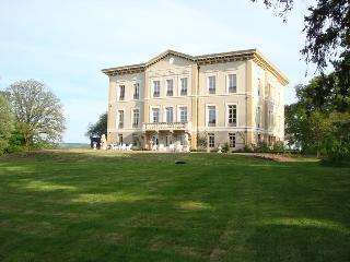 Rez de Jardin Chateau de Bézyl, Sixt-Sur-Aff