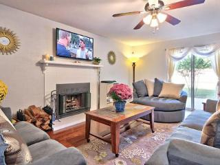 A WONDERFUL PLACE TO BE: S AUS 3BR 3BA GAR PRV YAR, Austin