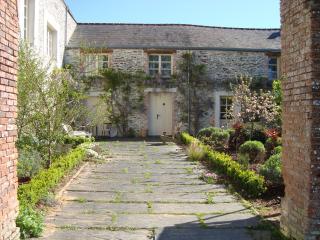 Gite La Rosa, Chateau de Bézyl, Sixt-Sur-Aff