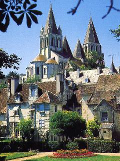 Medieval Loches (twice weekly market)