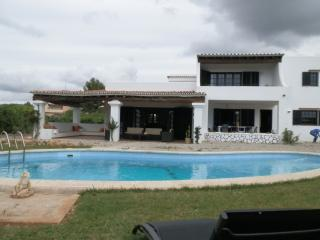 Villa in Bossa for 12pax+pool, Playa d'en Bossa