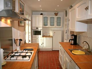 The kitchen in the cottage, gas hob, dishwasher, oven, coffee maker, I hope everything you need!