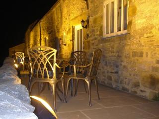 Standlow Farm cottages at night