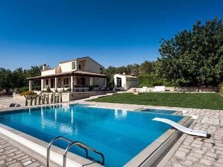 Villa Dora, Rosolini