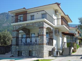Golden Trio Villa 2 with private pool and legally registered for Turkish tax, Ovacik
