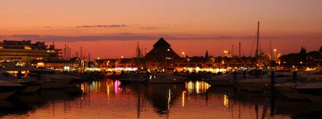 Take a Stroll round Vilamoura Marina at Night
