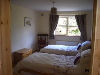 The downstairs bedroom can be configured as a twin or double room as required.
