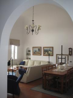 The livingroom from the hall