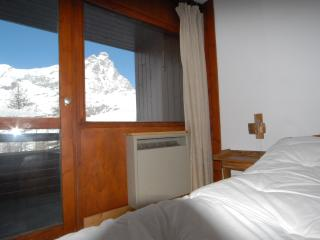 Cervinia ski slope apartment