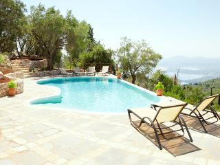 Villa Petalutha