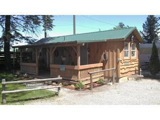 Cowboy Bunkhouse-porch,double bed,hand water pump, Coeur d'Alene