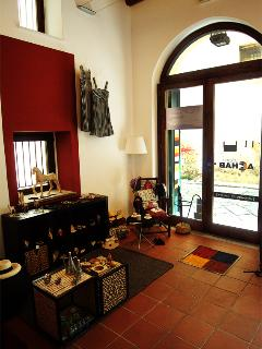 surroundings: design shop in via Alloro (officine Achab)