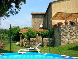 Traditional farmhouse villa with stunning views, Citta di Castello