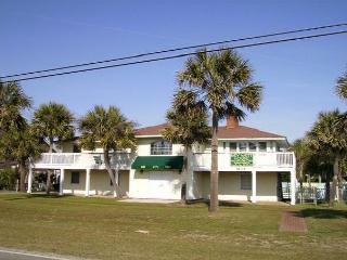 2nd Row, Beach House w/6 Bedrooms, Sleeps 16, Myrtle Beach Nord