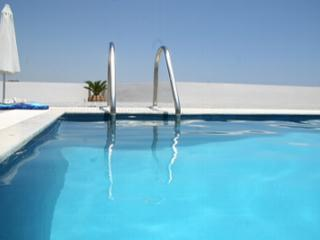 Pool 8m x 4m