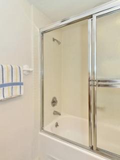 WBC600 bathroom 2