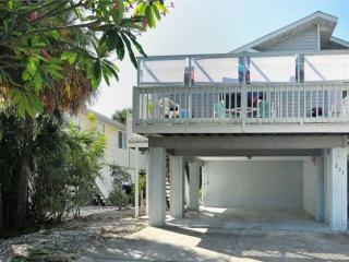 207 71st Beach Villa, Holmes Beach