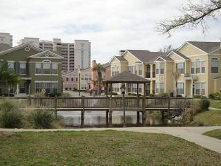 Beautiful 3 Bedroom / 2 Bath 2nd Floor Condo, Gulfport