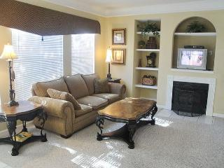 Gorgeous 3-Bedroom / 2-Bath Condo, Gulfport
