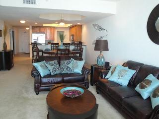 2 bedroom / 2 bath condo at Beau View with Ocean View! 30-Night Minimum, Biloxi