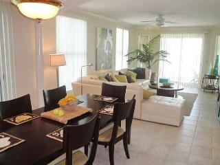 Beautiful 3/3 Corner Unit with Ocean View - Reserved Parking