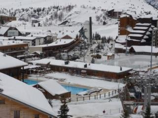 Alpe D'Huez Modern, Great View. Sleeps 5 +1