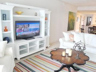 Gorgeous 2-Bedroom / 2-Bath Condo On The Beach At Sea Breeze