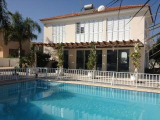 'Asteria'  Villa by the Sea, Protaras