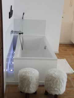 bath in the West room
