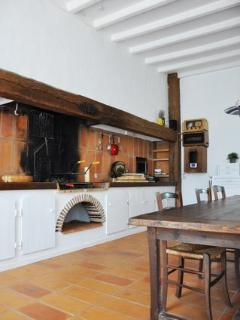 kitchen with inside barbecue