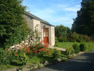 Woodland Cottage, Cartmel: on its own in farmland