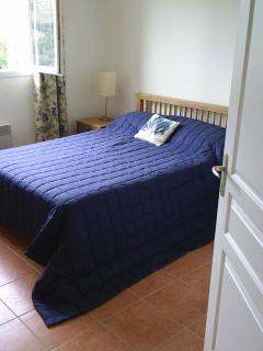 Double bedroom with showroom en suite