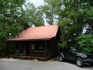 Romatic Gatlinburg Log Cabin Rental for Two