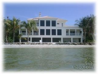 LEA BY THE SEA. 5 Bedroom BEACH HOUSE, Isla de Sanibel