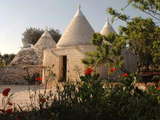 Trullo Il Paradiso,  with pool, Pascarosa near Ostuni, Puglia