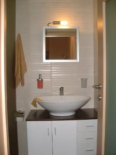 Shower room & WC including towels.