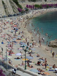 Villefranche beach from train station