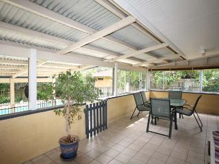 Brisbane Family Holiday Home - Close to City - Private Pool
