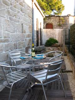 Rear garden with bistro furniture
