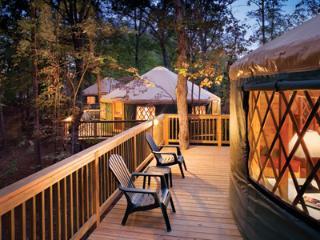 Luxury Yurt (2-Bed) at Shenandoah Crossing, Gordonsville