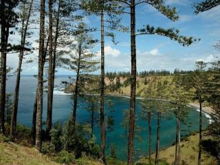 BY THE BAY - NORFOLK ISLAND