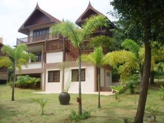 Coconut Villa, Ko Mak