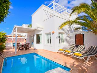 Casa Charlana detached 2 bedroom villa with private pool