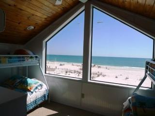 Triple Seas Beach House with private pool, Gulf Shores