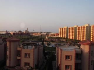 543 - Apartment - Above Ground / 3 Bedrooms, El Alamein