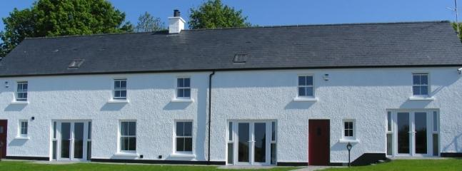 Finn Cottage is the cottage on the left .  Foyle Cottage is on the right